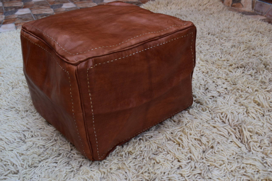 Cube leather pouf